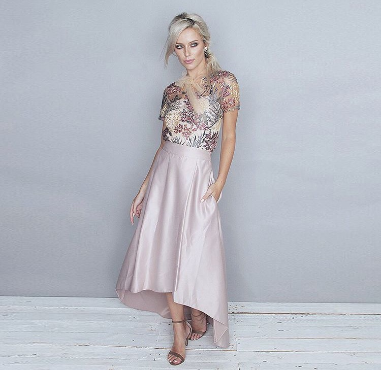 6e16ffbb069 Lil  Guide to Graduation Dresses on www.beautitude.ie What to wear ...